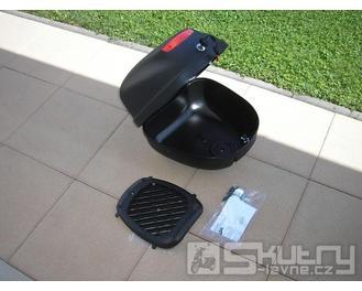 Italský kufr - barva dílu černá