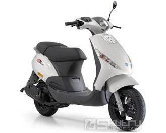 Piaggio ZIP 50 4T - barva bílá