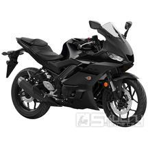 Yamaha R3 - barva černá