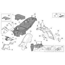 28.12 Plast pod sedačkou, zadní blatník - Scarabeo 50 4T 4V E2 2009 (ZD4TGE00)
