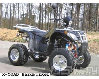 Čtyřkolka Xquad Hardworker Camouflage Y - barva černá