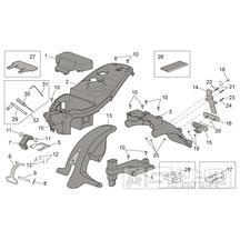 28.14 Plast pod sedačkou, zadní blatník - Scarabeo 100 4T E2 2001-2005 (ZD4SA..., ZD4VA0...)